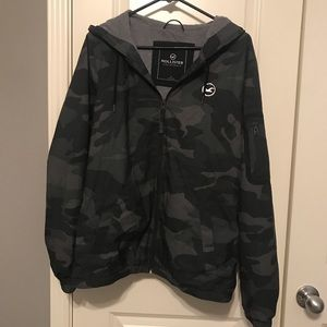 Hollister Large Camo Layered windbreaker